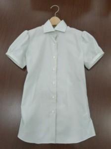 パフスリーブシャツ