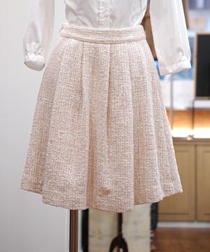 Tucked skirt