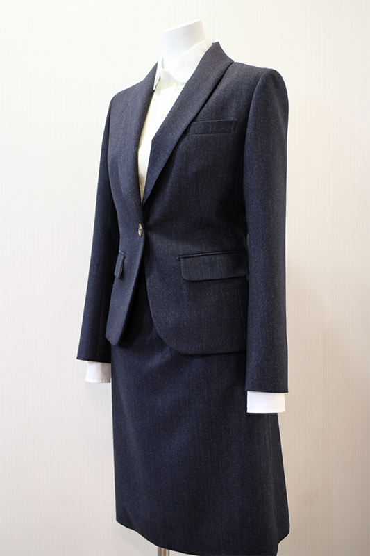デニム調スーツ