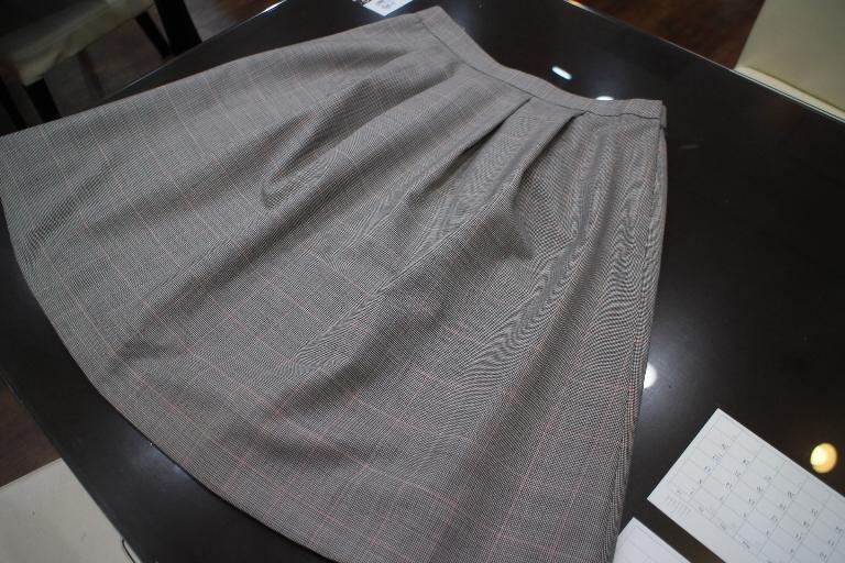 レディーススーツ フレアスカート