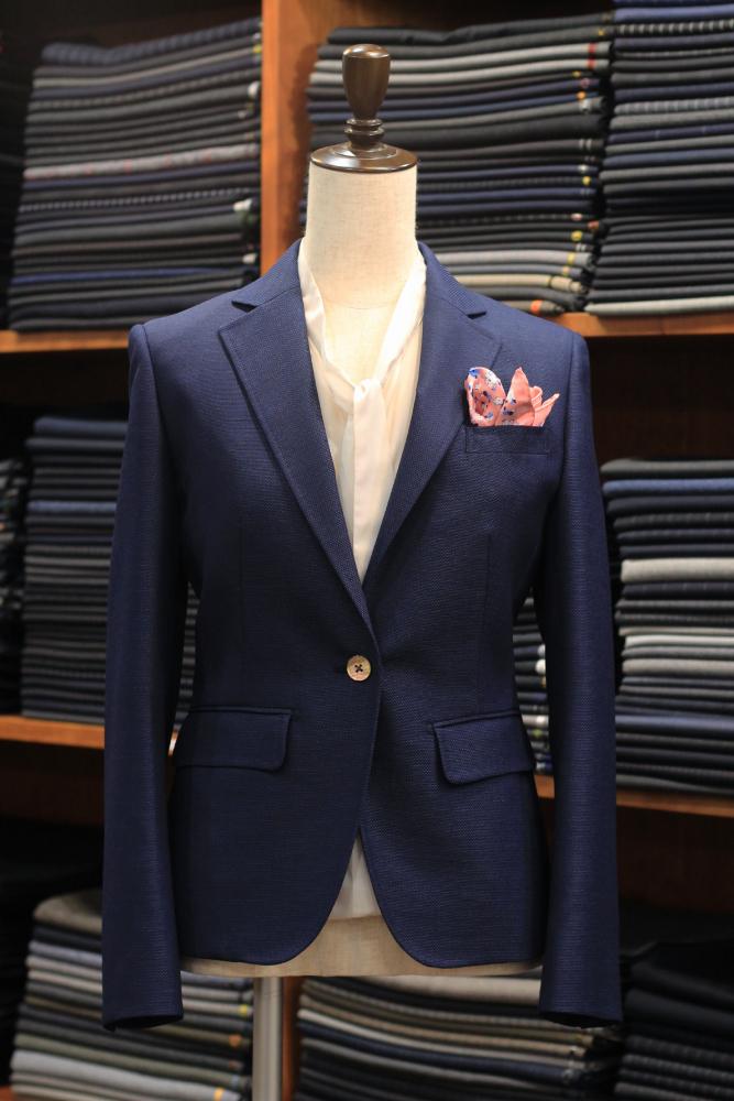 紺ジャケット